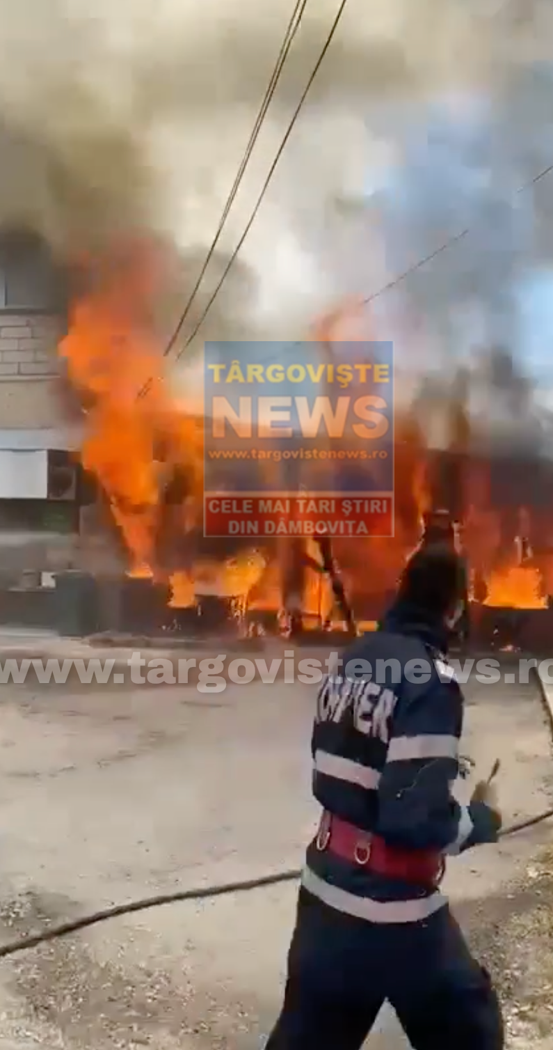 Incendiu de proporții la o pizzerie din Potlogi. Primele imagini
