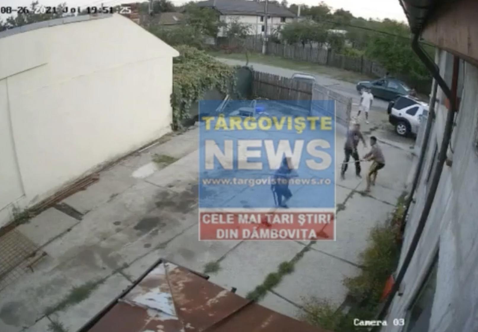 VIDEO – Un pădurar a fost snopit în bătaie de 3 indivizi extrem de violenți. Agresorii, reținuți de polițiști