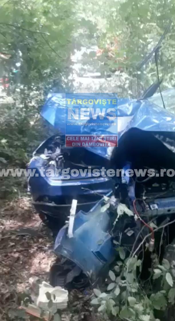 Un șofer începător a făcut accident în pădurea de la Hulubești