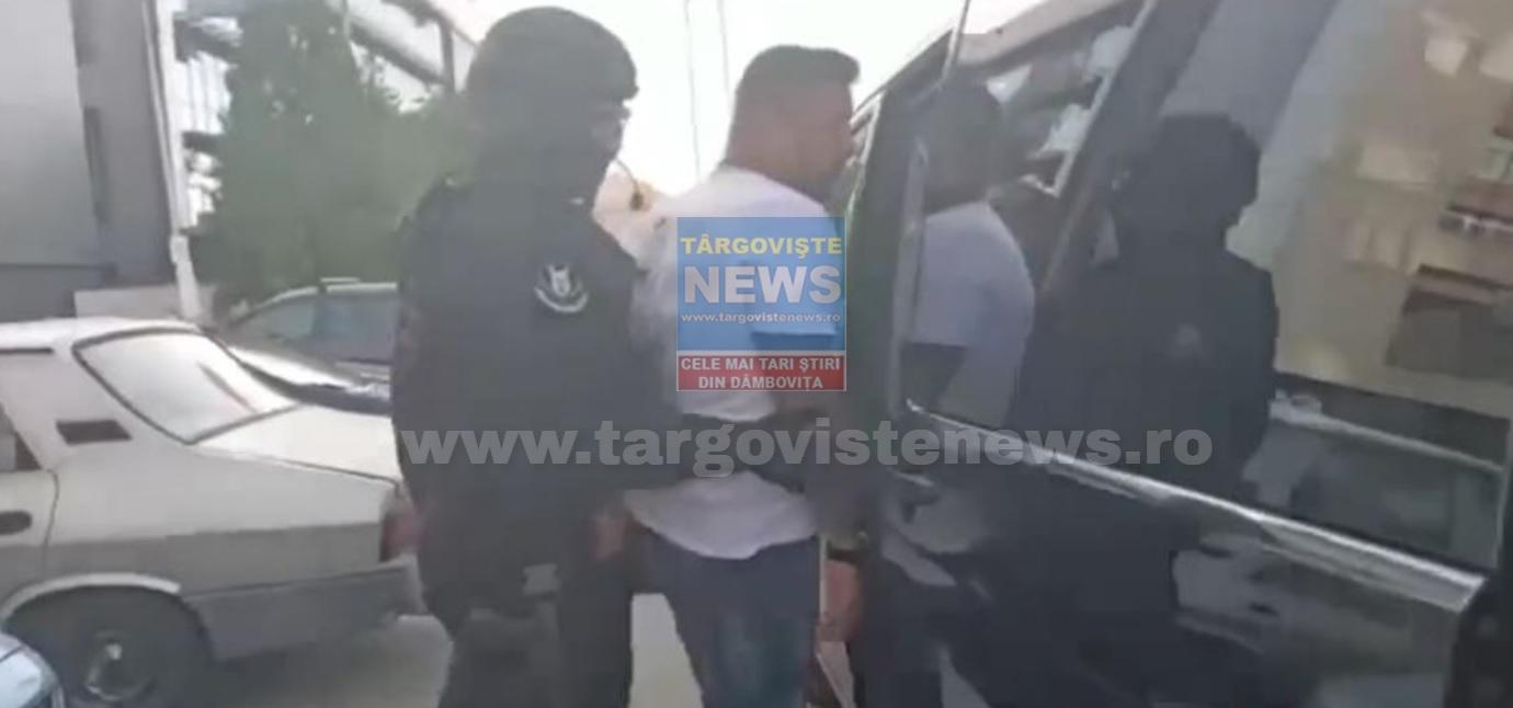 VIDEO – Momentul în care Turcu a fost săltat de mascaţi şi dus la sediul poliţiei