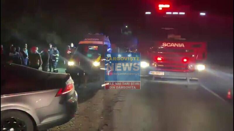 Șase persoane au fost rănite după ce două mașini s-au izbit, pe DN7, lângă Slobozia Moara