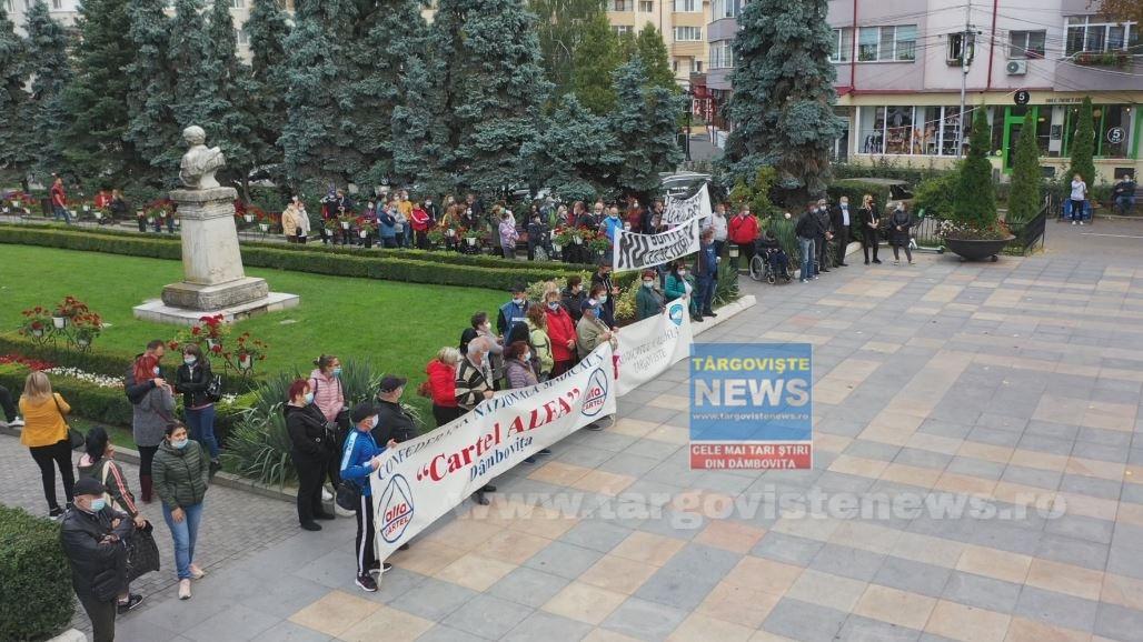 """""""Vineri, 01 octombrie, vom protesta din nou în faţa Primăriei Târgovişte"""""""