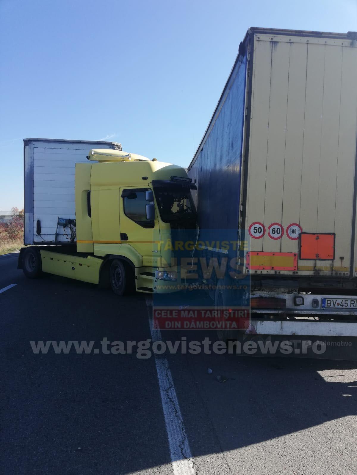 ACUM – Două tiruri s-au izbit, pe DN 72, la Mija. Unul transportă deşeuri periculoase