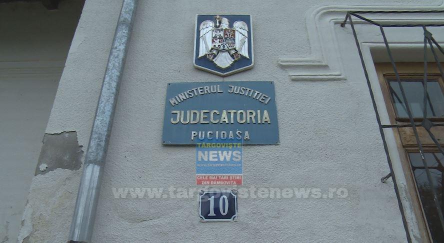 La Judecătoria Pucioasa se judecă numai cazurile urgente, după ce un judecător şi trei grefieri s-au îmbolnăvit de COVID-19