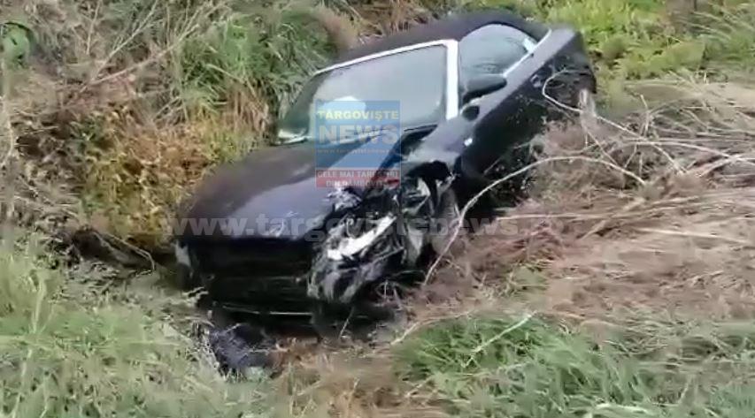 O şoferiţă începătoare s-a răsturnat cu maşina, la Bâldana. Ea şi o prietenă, duse de urgenţă la spital